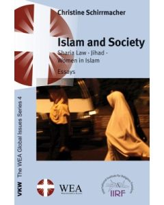 Islam und Society: Sharia Law - Jihad - Women in Islam: Essays